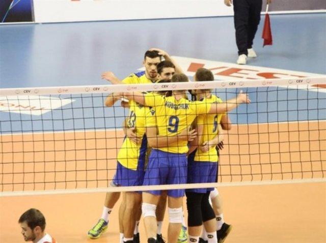 Украина встретится с Голландией в Золотой лиге