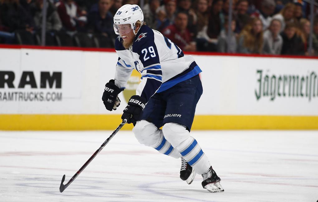 Лайне  самый молодой европеец в истории НХЛ, забивший 100 голов [видео]