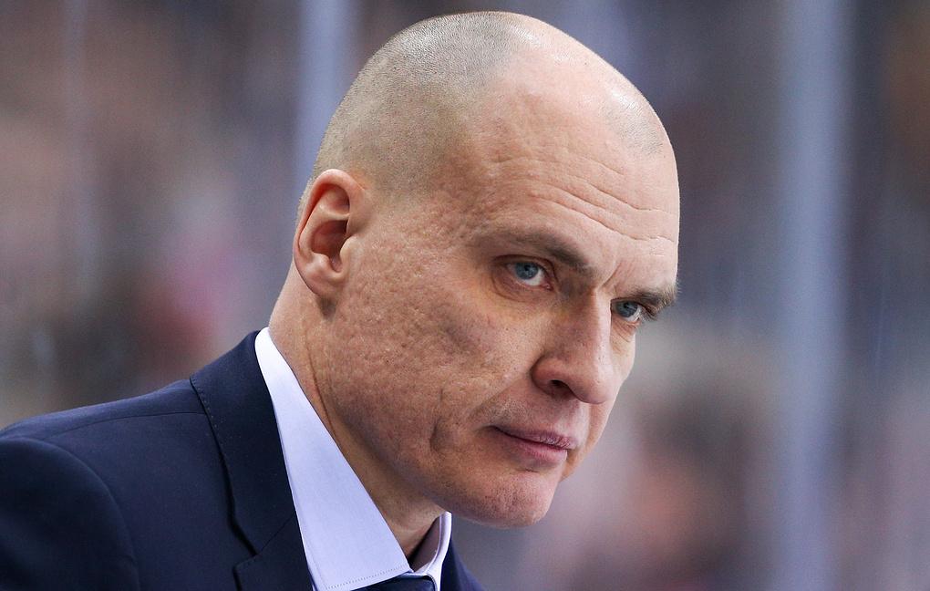 Разин: Гераськин на правах капитана поздоровался с Дацюком, думаю, ему приятно